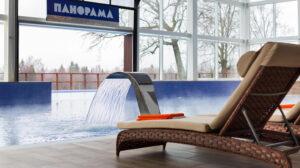 отель с бассейном Новый год